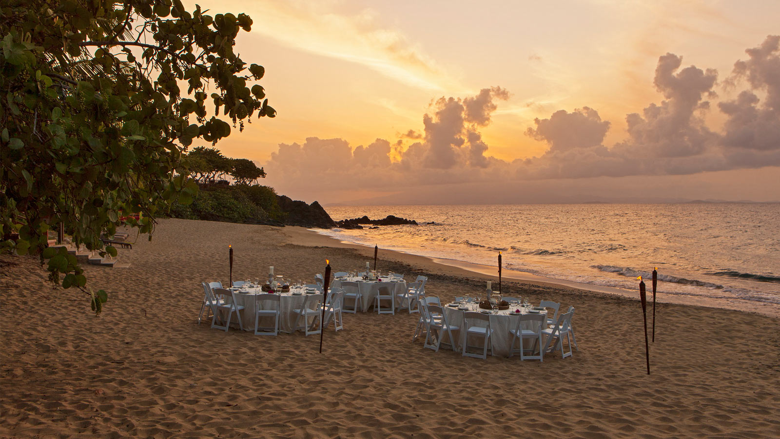 W Vieques - Beach Event